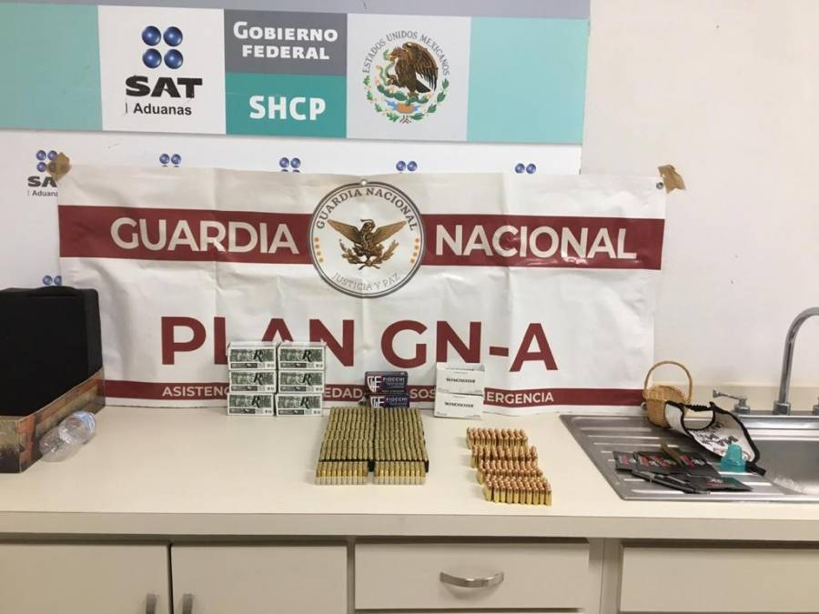 Guardia Nacional y Aduanas aseguran cartuchos útiles