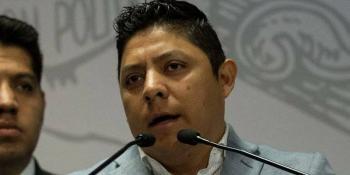 Miente y difama medio informativo, denuncia diputado Ricardo Gallardo