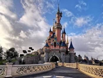 Disney despedirá a 32 mil trabajadores debido a la crisis por coronavirus