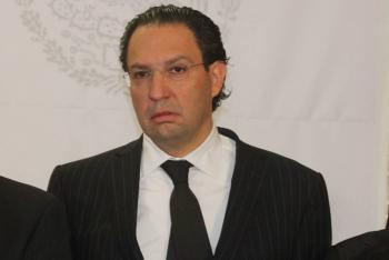 Emilio Zebadúa sin suspensión definitiva; FGR podrá capturarlo