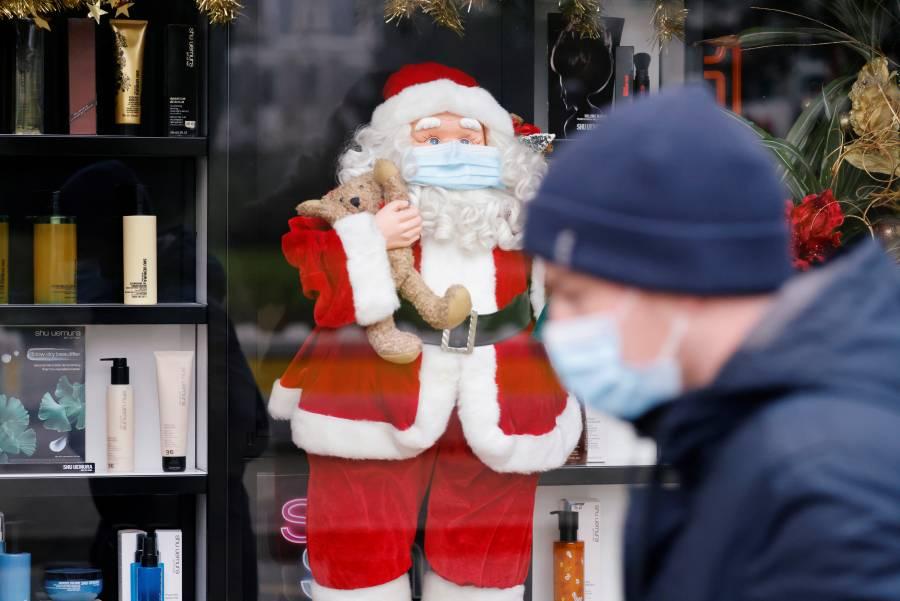 OMS pide evitar festejos en lugares concurridos y reuniones familiares en Navidad por el COVID