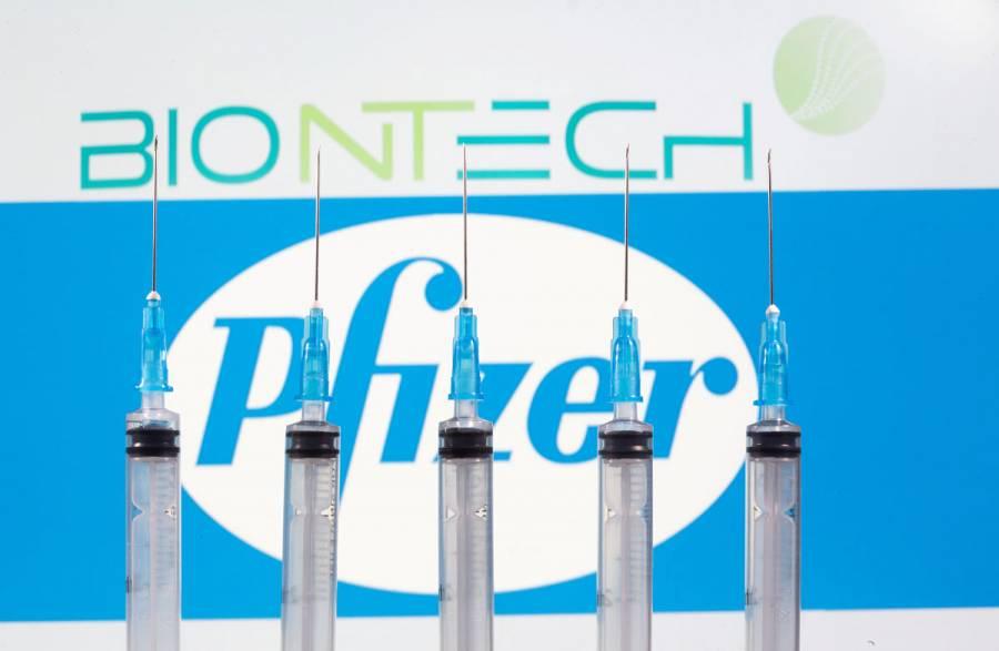 Pfizer y BioNTech solicitan autorización de vacuna contra COVID-19 en la UE