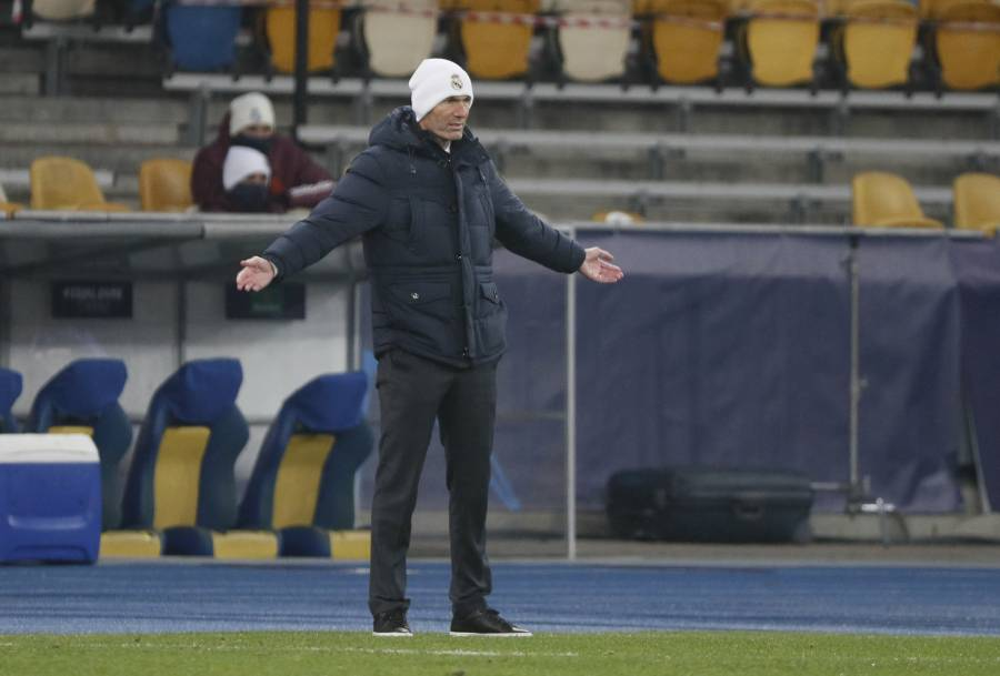 Zidane descarta dimitir