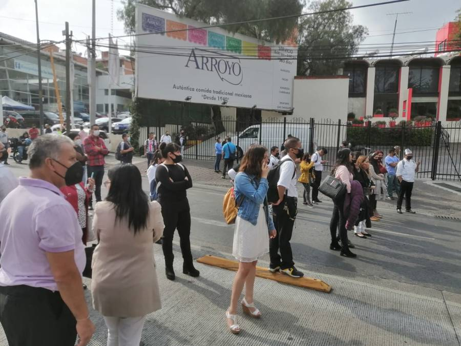 Golpeadores intentan tomar Restaurante Arroyo por disputa familiar