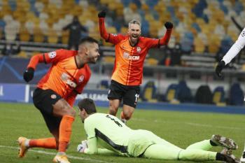 Shakhtar doblega al Real Madrid y lo deja al borde de la eliminación en Champions