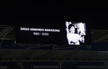 Fiscales que investigan muerte de Maradona, observan