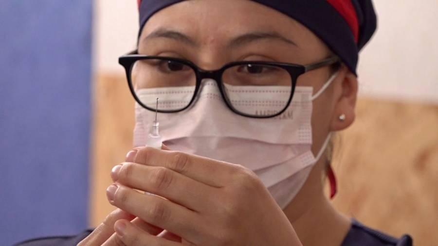 """Piden a AMLO que designe a un """"Zar de vacunación"""""""