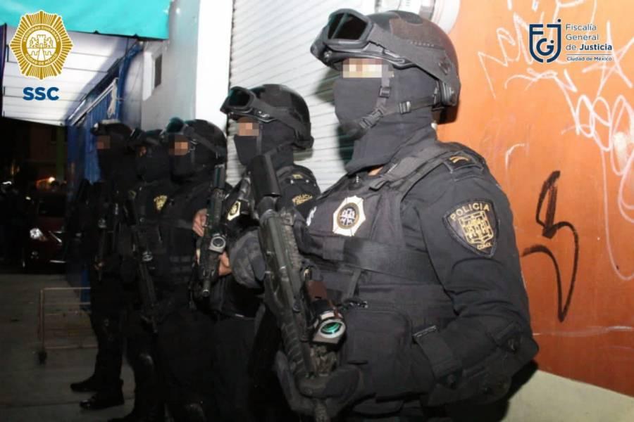 Detienen a 3 decomisan armas y drogas en avenida del taller en la CDMX