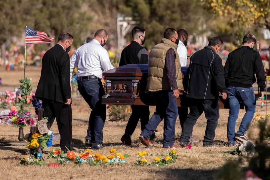 Muertes por Covid-19 crecieron 30%  en noviembre en América: OPS