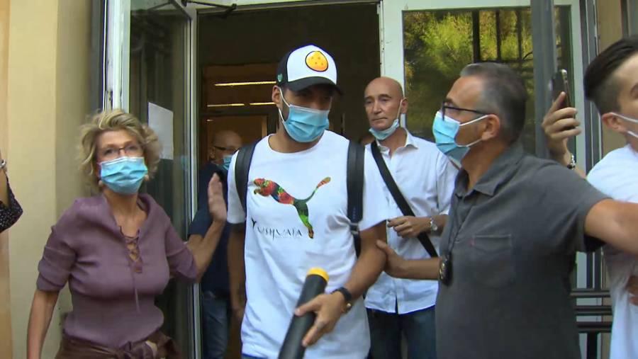 Fiscalía italiana dice que Juventus trató de acelerar proceso de nacionalización de Suárez