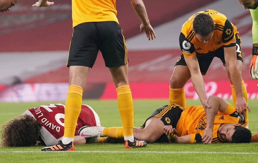 DT Wolverhampton dice que es muy pronto para hablar del regreso de Raúl Jiménez