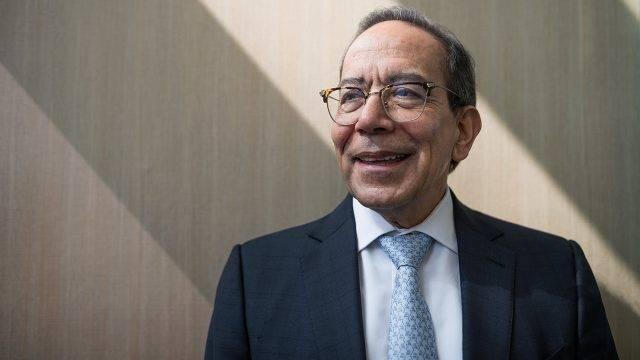 Líder del CCE opina que no es necesario acabar con el outsourcing
