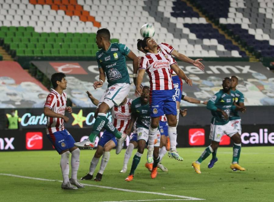León vence a las Chivas y es primer finalista de la Liga MX