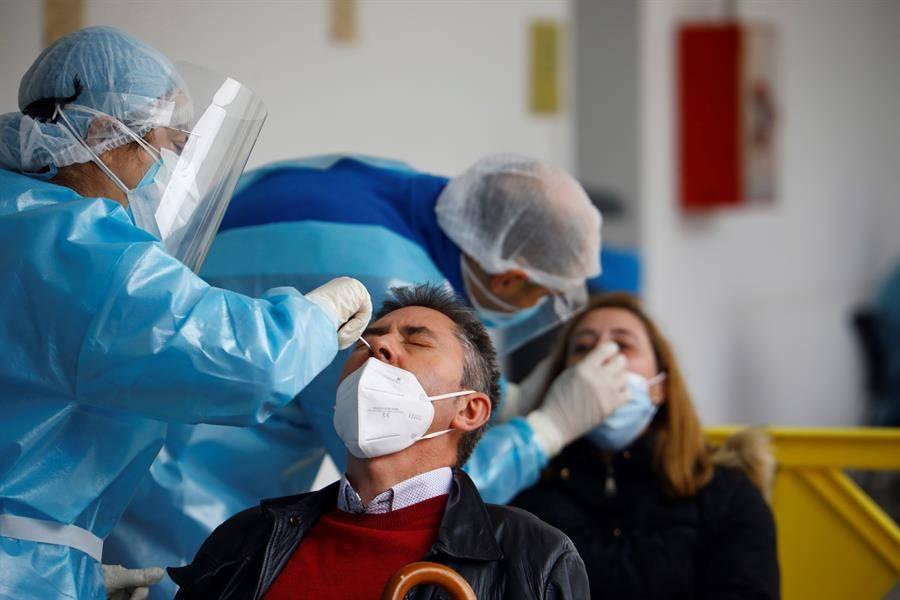 Registra España un millón 702 mil 328 casos acumulados de Covid