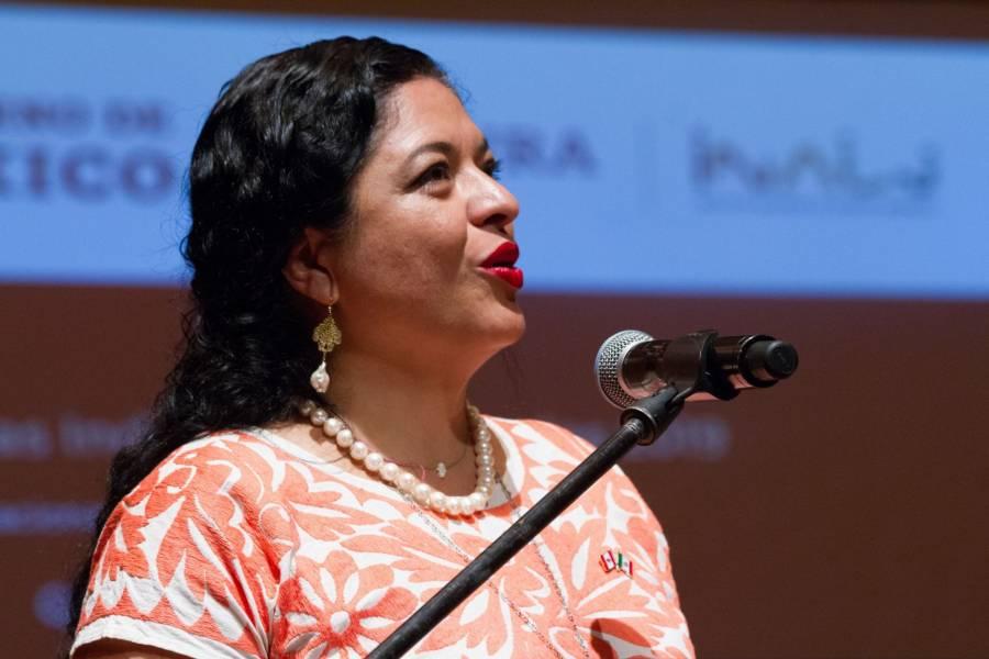 Alejandra Frausto se disculpa por chat creado para desactivar colectivos de artistas