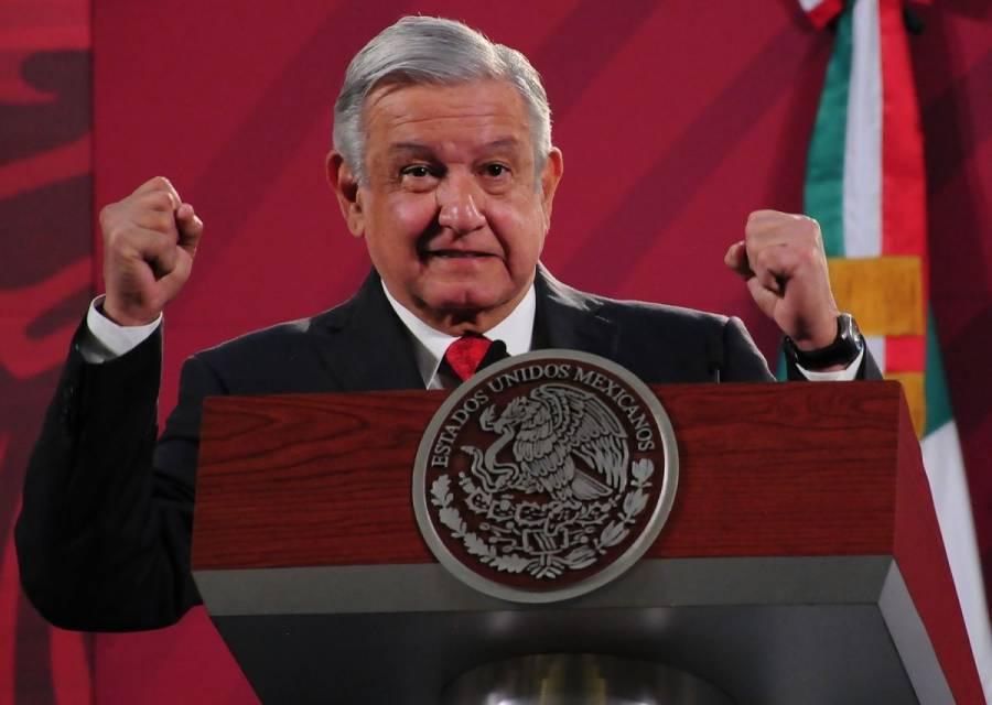 AMLO responsabiliza a Pemex de haber dado contratos a Felipa Obrador, pese a que instruyó cancelarlos