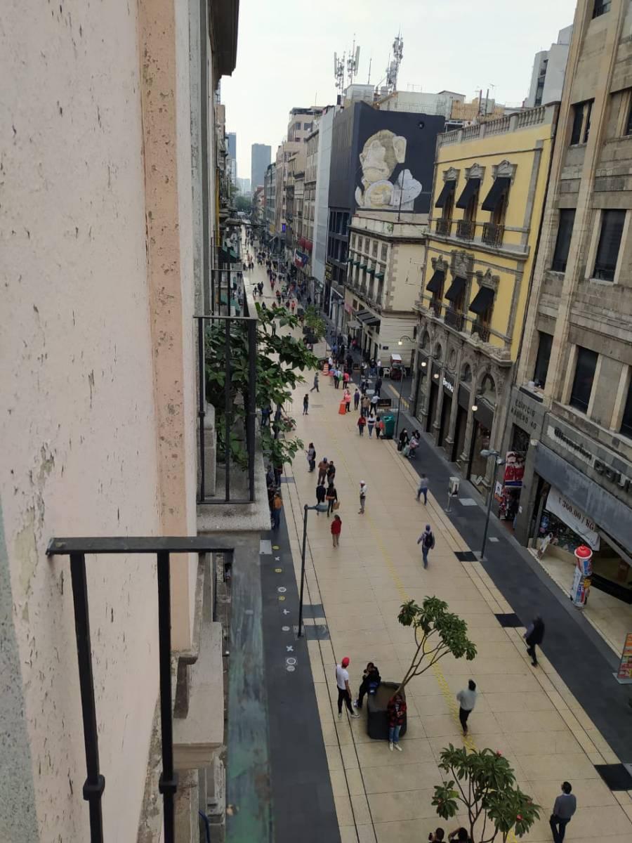 Empresarios del Centro Histórico se quejan por el cierre de Madero