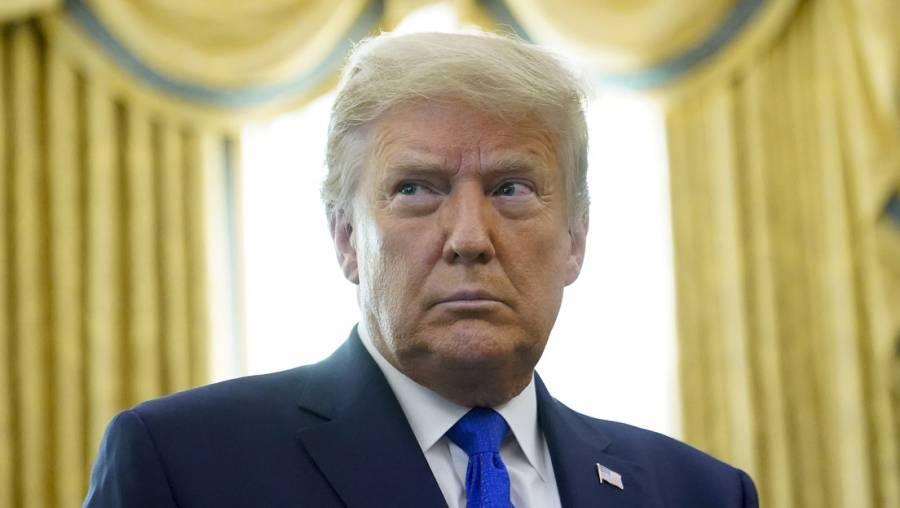 Abandona Trump ceremonia de entrega de Medalla Presidencial de la Libertad