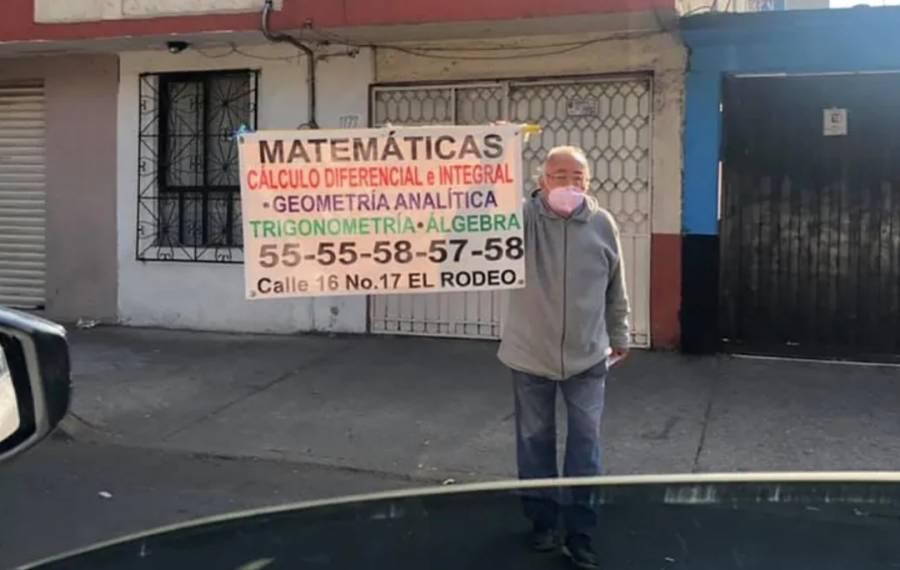Abuelito ofrece clases de matemáticas y álgebra en calles de la CDMX