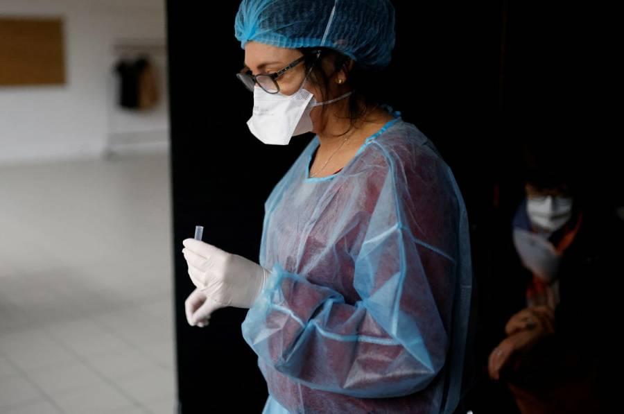 España eliminará el IVA a pruebas y vacunas contra COVID-19