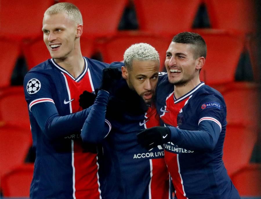 Neymar marca un hat-trick en la goleada del PSG sobre el Basaksehir