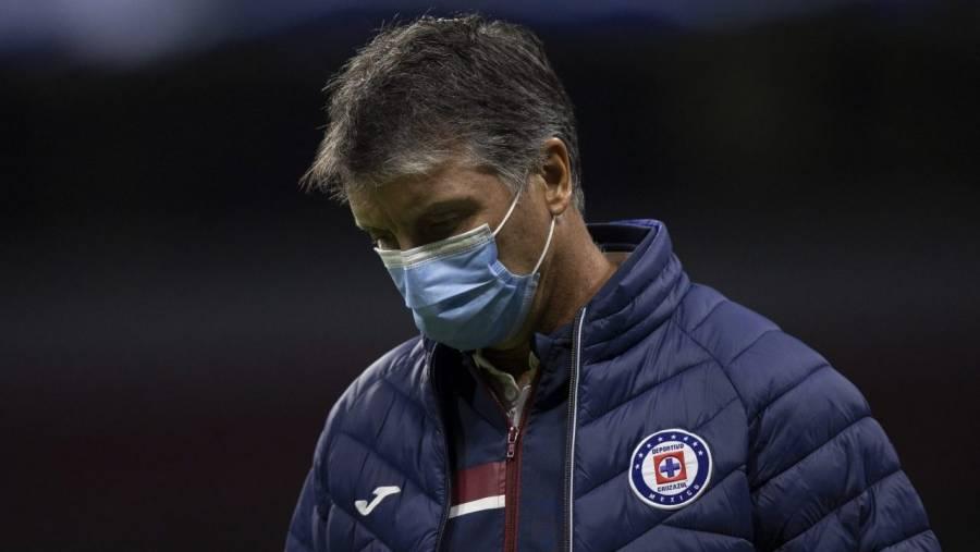 Robert Dante Siboldi renuncia a la dirección técnica de Cruz Azul