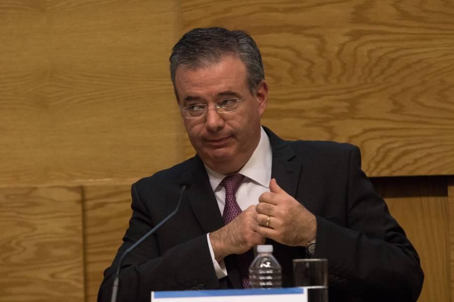 La reforma debe acatarse, AMLO; en riesgo las reservas: Banxico
