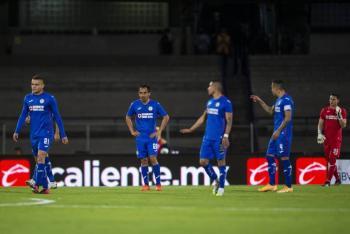 Jugadores de Cruz Azul piden pruebas a Héctor Huerta o procederán legalmente