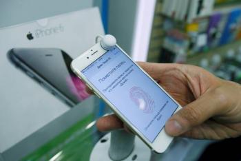 Apple olvida pagar y empleados saquean planta