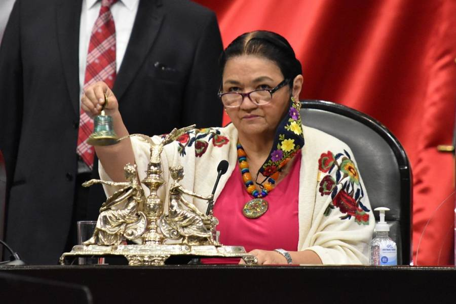 Dulce María Sauri, presidenta de la Cámara de Diputados, dio positivo a COVID-19