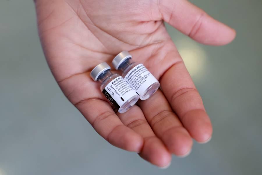 BioNTech confía en que su vacuna sea eficaz contra la mutación del COVID-19