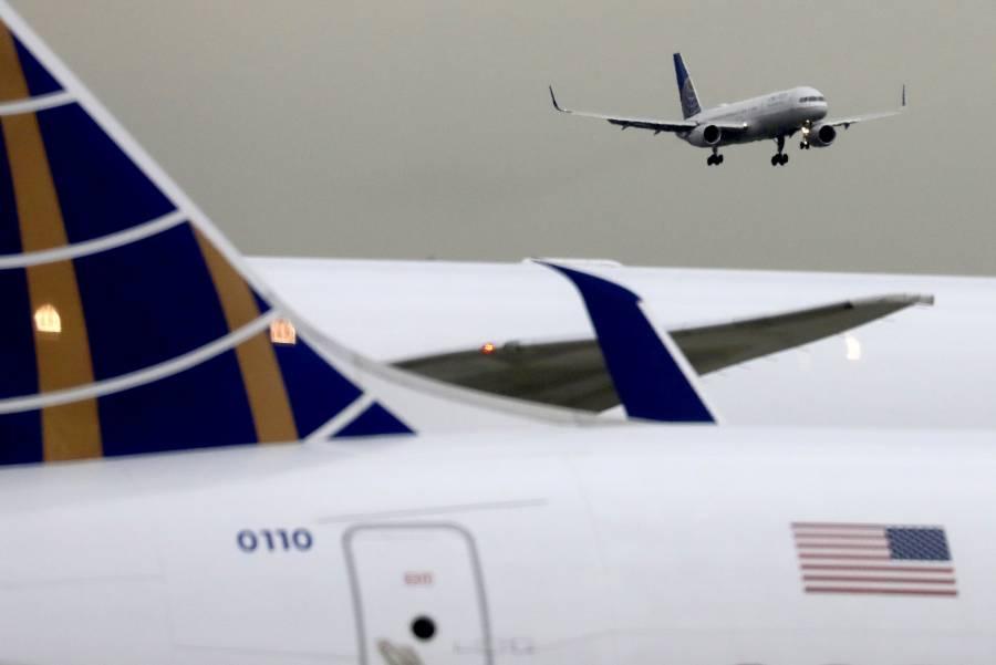 Aerolíneas de EU recontratarán con el apoyo