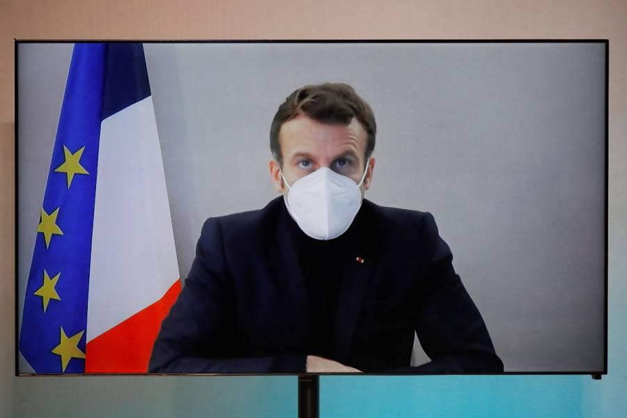 Emmanuel Macron mejora tras diagnóstico de COVID-19