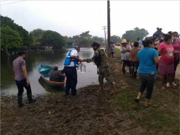 Impulsan actividades agropecuarias y acuícolas afectadas en Tabasco