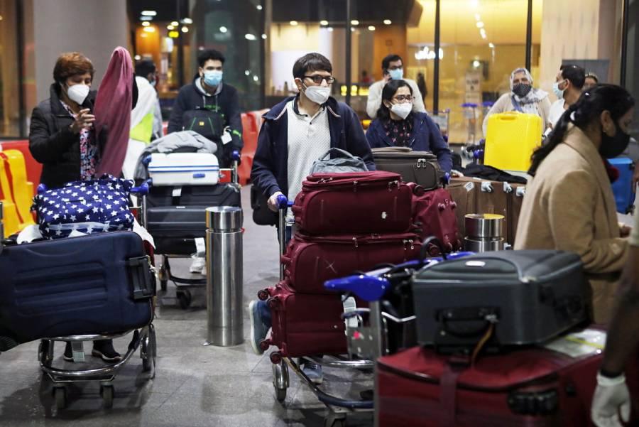 Detectan la nueva variante de COVID-19 en pasajeros que arriban a Japón