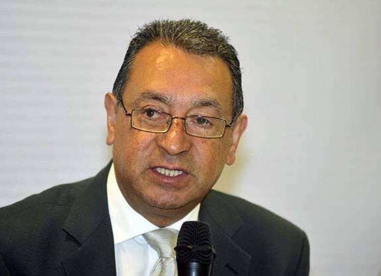 A causa de COVID-19, muere Alberto Amador Leal, asesor del Gobierno de Tlaxcala