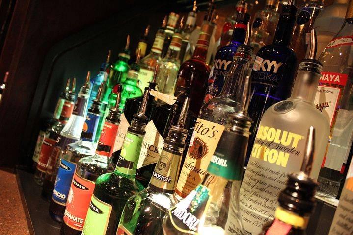 Alertan por exceso en consumo de alcohol