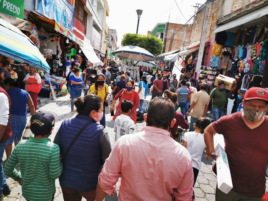 Ordenan cierre de comercios no esenciales en Puebla por riesgo máximo de contagios