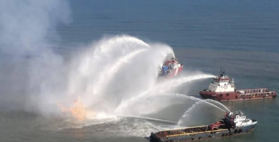 Explota un oleogasoducto de Pemex en Dos Bocas