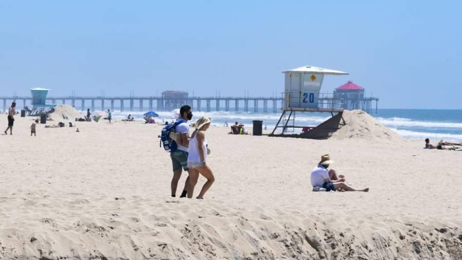 Manhattan Beach eliminará asientos públicos debido al aumento de COVID-19