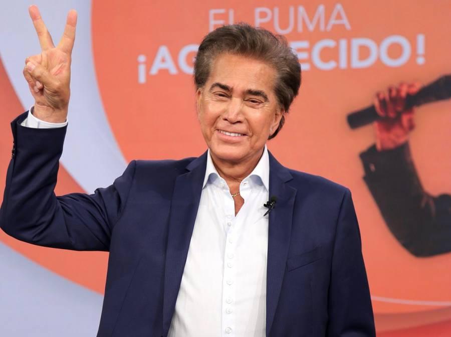 El Puma Rodríguez se pone vacuna contra COVID-19