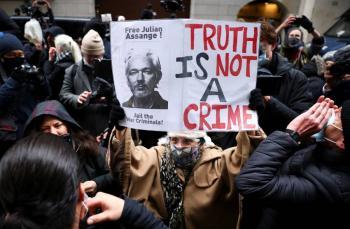 Reino Unido rechaza extradición de Assange a EEUU por
