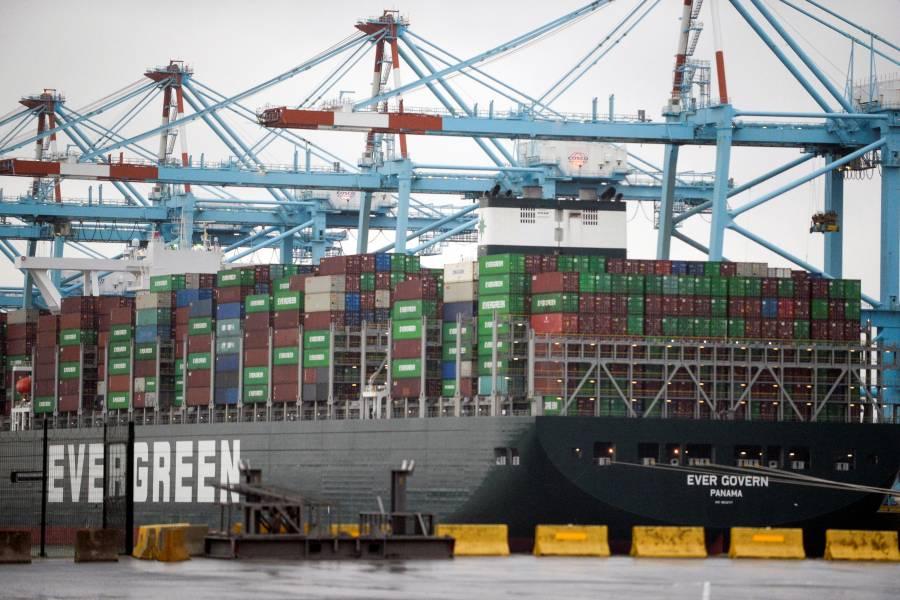 Sector manufacturero hila 11 meses a la baja