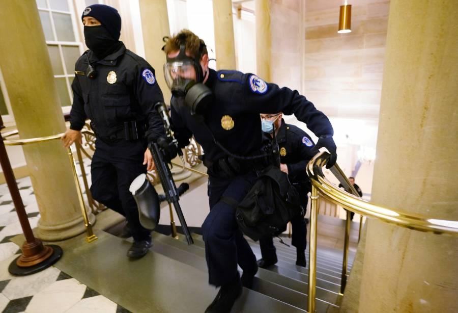 Congreso de EEUU suspende debate de conteo de votos por irrupción de manifestantes