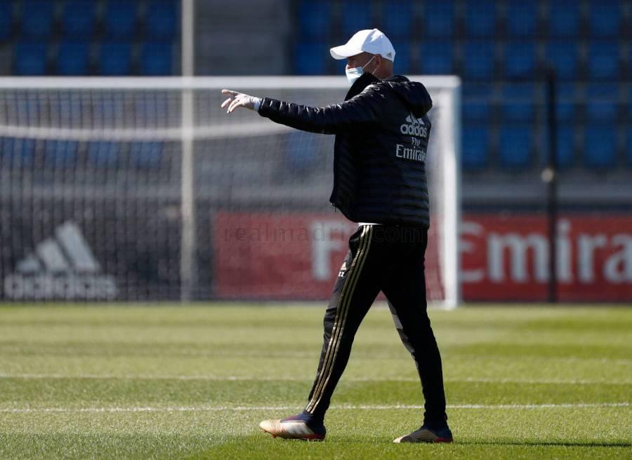 Zidane guarda cuarentena por contacto con un positivo por COVID