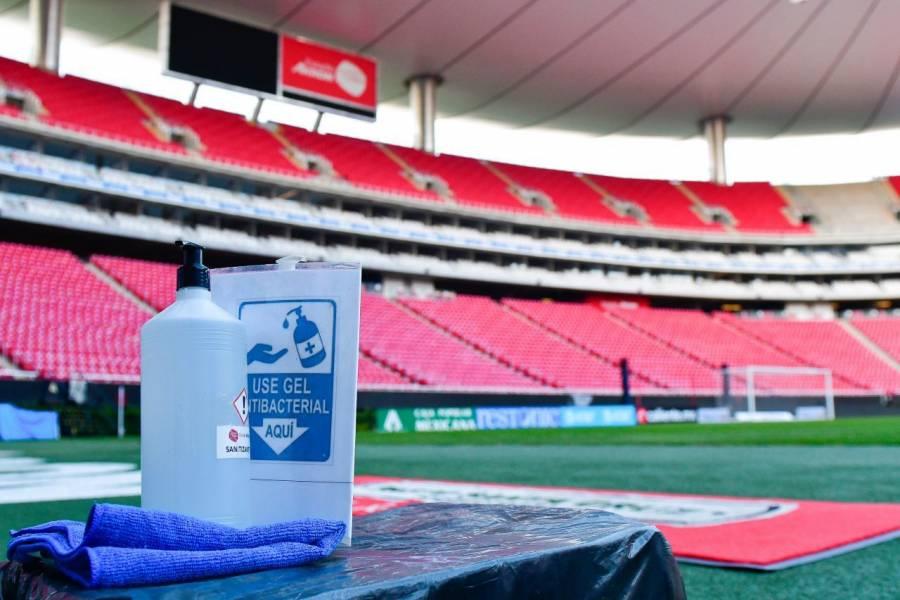 Estadios seguirán bajo las reglas del semáforo epidemiológico esta temporada