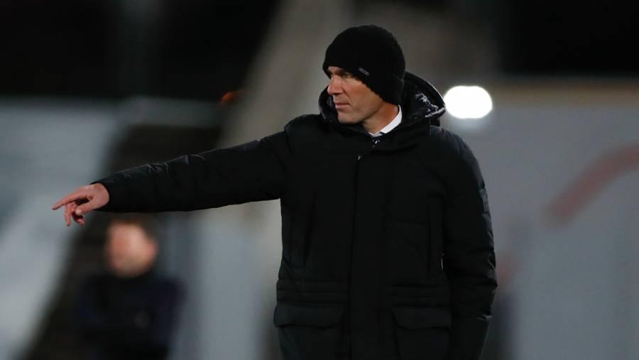 Zidane da negativo a Covid-19; espera resolución de La Liga para dejar cuarentena