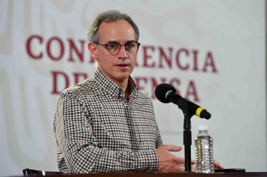 López-Gatell viaja a Argentina para observar la experiencia con la vacunación