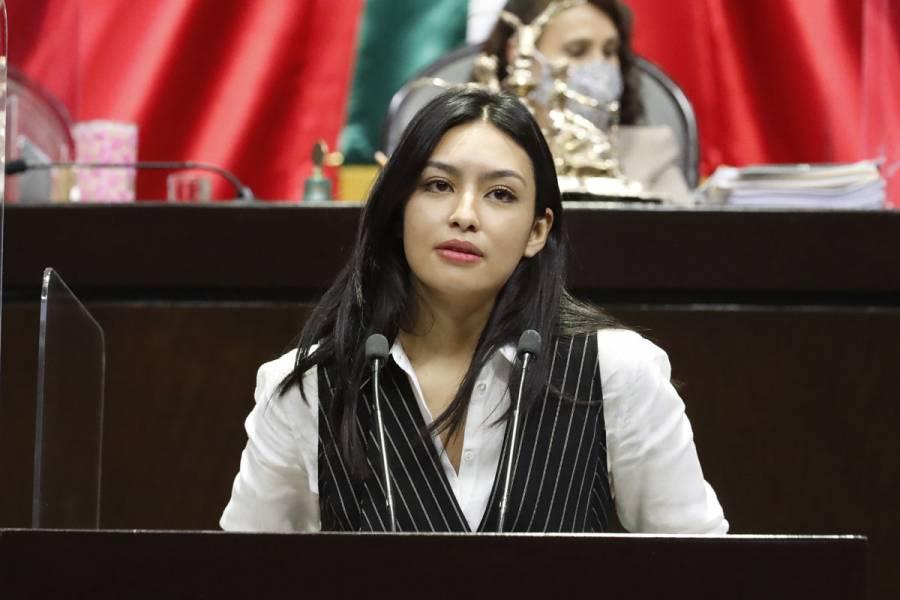 Frida Esparza pide investigar la muerte de 36 pacientes COVID-19 por presunta negligencia médica