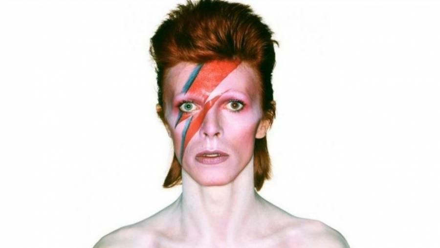 La historia de David Bowie a través de sus canciones